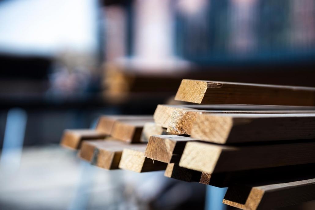 Bunke med træplanker